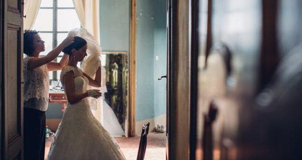 Cerchi una truccatrice per matrimoni a Napoli? Ecco come scegliere quella giusta