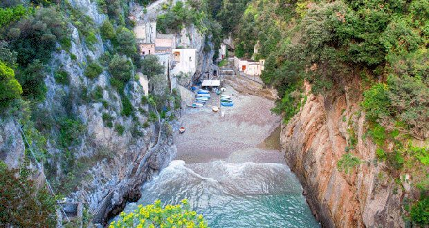 La Costiera Amalfitana tra incanto e…Furore